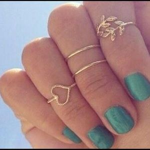 Jewelry - 🎉HP 5/13!🎉CLEARANCE!! Midi Rings 💕Heart Knuckle